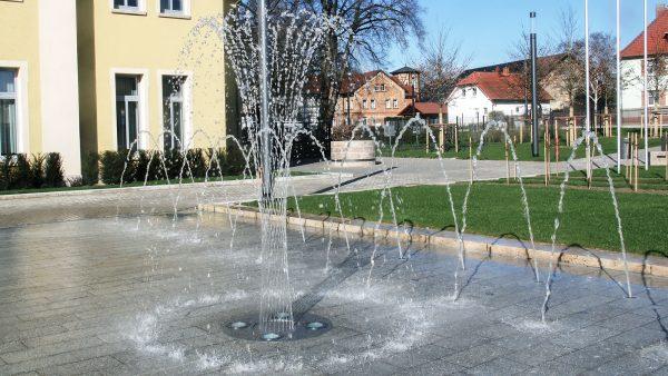 Bad Langensalza Jahnplatz Düsenfläche mit Beleuchtung