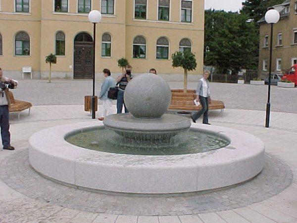 Gößnitz Rathausbrunnen