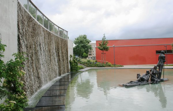 Jena Winzerla, Flößerbrunnen Wasserachse
