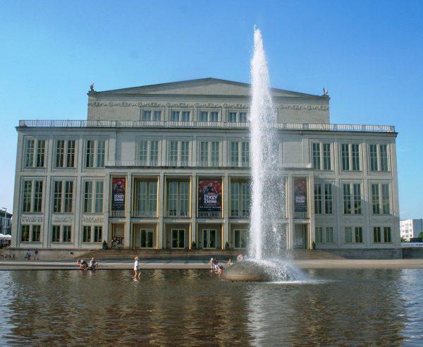 Leipzig Opernbrunnen