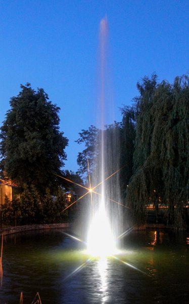 Nermsdorf Teichfountaine mit Beleuchtung