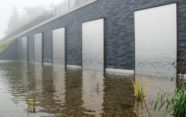 Oberhof Kurparkterasse Wasserwände